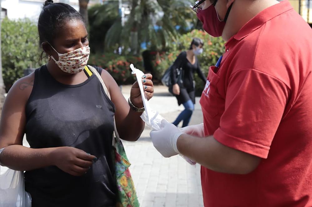 Máscaras começaram a ser distribuídas nesta segunda, 4/Foto: Divulgação