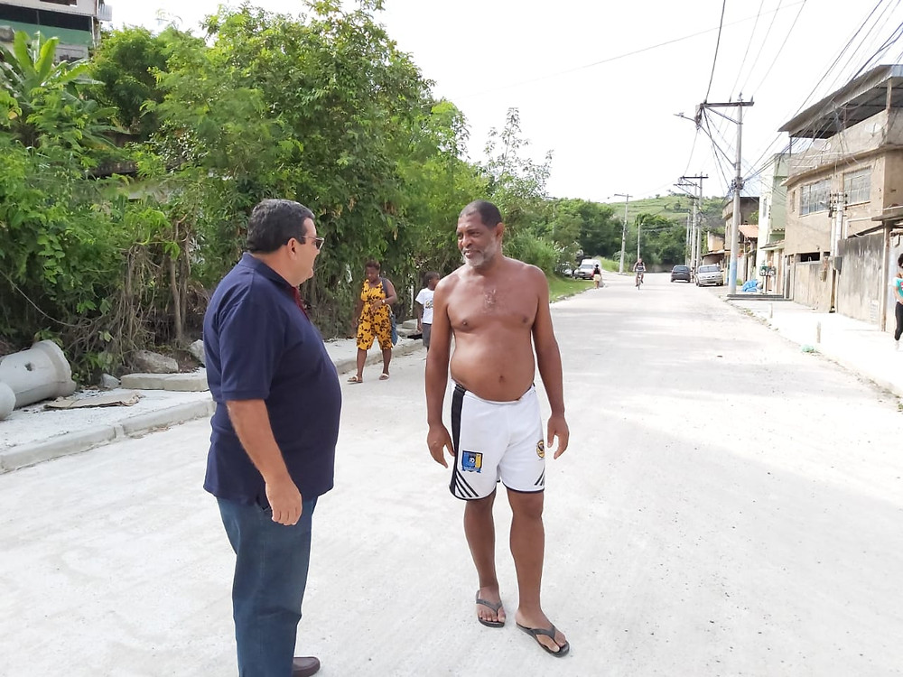 O prefeito José Luiz Nanci visitou a rua/Foto: Divulgação