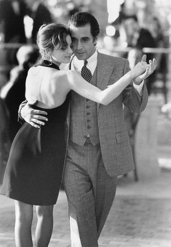 Gabrielle Anwar e Al Pacino em Perfume de Mulher (1992)/Foto: Divulgação