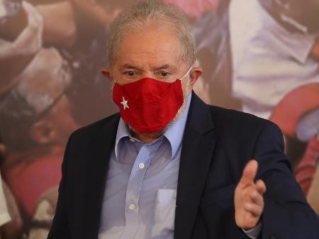 Lula procura Rússia e China para trazer vacinas para o Brasil