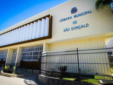 Projeto reduz número de vereadores em SG, por Matheus Guimarães