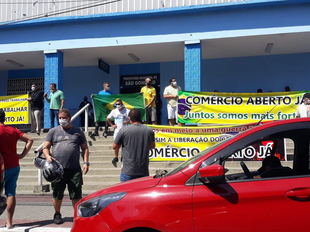 Os manifestantes/Foto: Divulgação