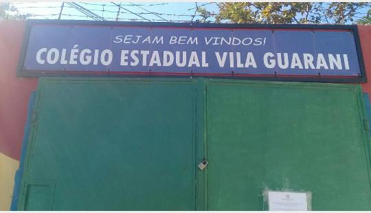Frente do atual Colégio Estadual Vila Guarani/Acervo Família Fontoura