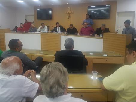 Câmara discute regulamentação de aplicativos para táxis em SG