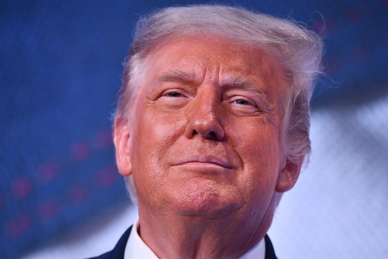 Forma com que Trump lidou com a pandemia compromete seu desempenho na corrida eleitoral / Foto: Nicholas Kaam/AFP