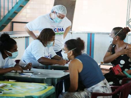 São Gonçalo recebe novas vacinas sem cronograma de aplicação