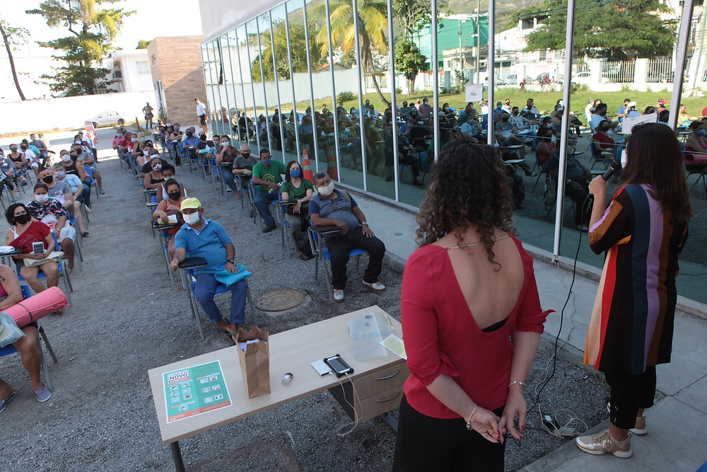 Palestra reuniu ambulantes/Berg Silva