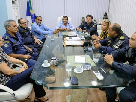 Prefeito recebe comissão para discutir Estatuto Geral das Guardas Municipais
