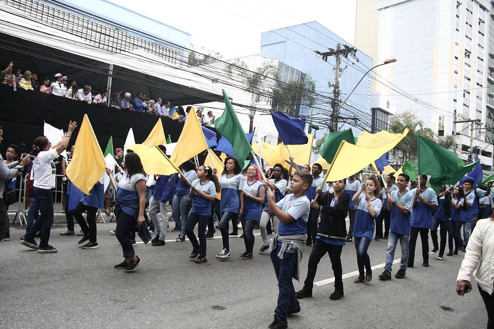 Escolas públicas e privadas desfilaram/Foto: Divulgação