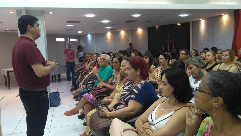 O secretário de Educação Marcelo Azeredo participou das palestras/Foto: Divulgação