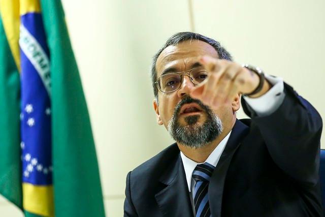 O ministro da Educação Abrahan Weintraub, um dos responsáveis pelos cortes / Marcelo Camargo | Agência Brasil