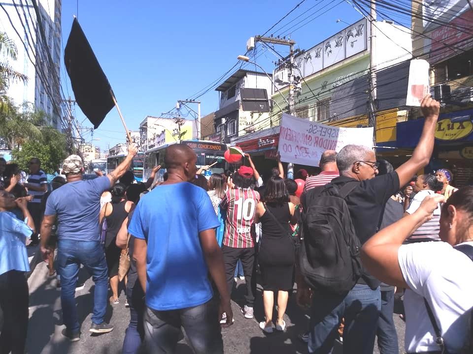 Motoristas buzinavam em apoio ao ato/Foto: Jornal Daki