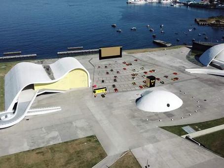 Niterói tem mais uma semana de filmes no Drive do Caminho Niemeyer