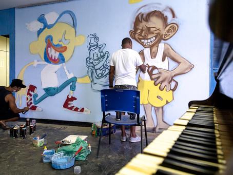 Artistas grafiteiros de São Gonçalo fazem homenagem a Pakato