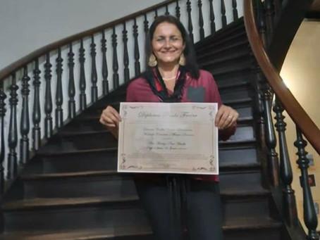 Professora que utiliza autores gonçalenses nas aulas é premiada na Alerj