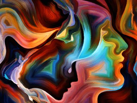Educação pública de qualidade e a saúde mental das profissionais da Educação, por Karla Amaral