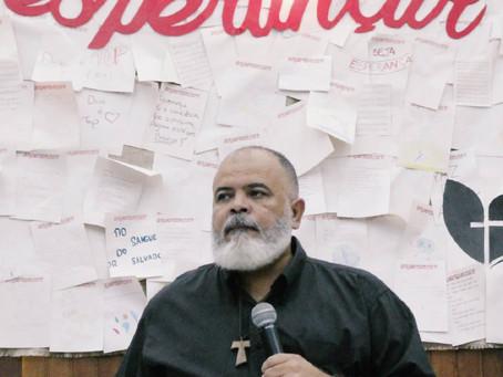 O que não é espiritualidade - por Pastor Julio Oliveira