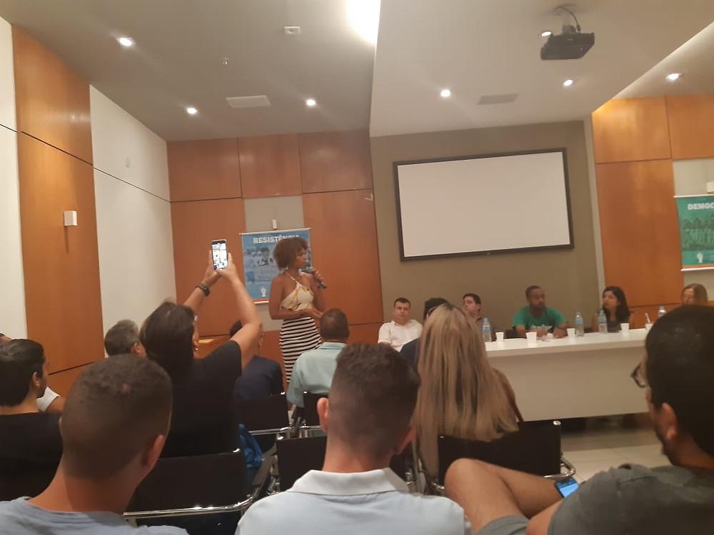 Fórum reuniu representantes de várias organizações da sociedade civil no Centro/Foto: Divulgação