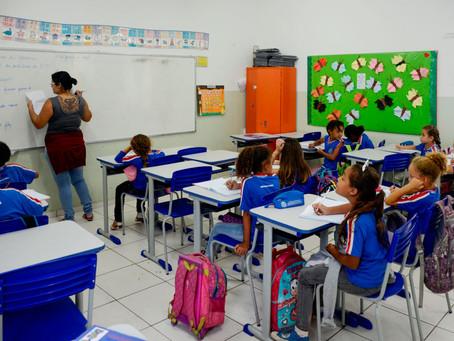 Valorização: Maricá concede reajuste de 20% para professores da rede municipal