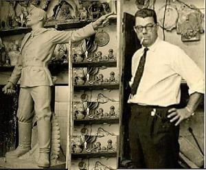 Honório Peçanha e seu Monumento de Plácido de Castro, realizado  para o estado do Acre em 1963. Fonte: Acervo digital do Centro de Documentação Histórica e Informação (CDIH), da Universidade Federal do Acre. Arte: Jornal Daki