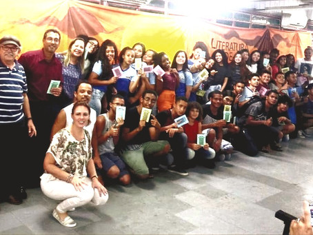 Escola de SG adota projeto de aprendizado pioneiro com literatura de cordel