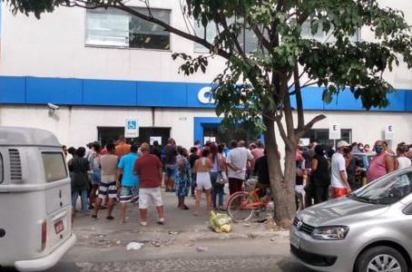 Enquanto o povo sofre nas filas, Governo Nanci usa a pandemia pra roubar, por Mário Lima Jr.