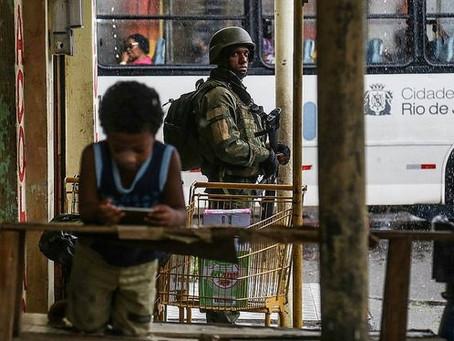 """""""Liberação do porte de armas é um tiro no pé"""", aponta sociólogo"""