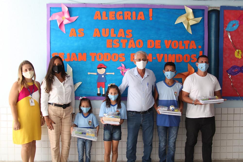 Prefeito Nelson Ruas esteve presente na reabertura de escola om a secretária Lícia Damasceno