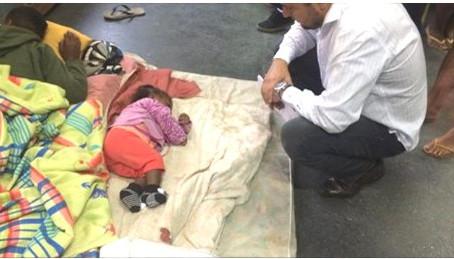 Famílias inteiras ao 'Deus dará' em Ciep abandonado no Portão do Rosa