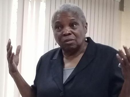 Professora jamaicana Claudia Williams, radicada em Nova Iorque, palestra na FFP sobre educação