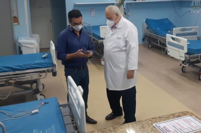O secretário Jefferson Antunes e o diretor do HLP, Eraldo Soares/Foto: Divulgação