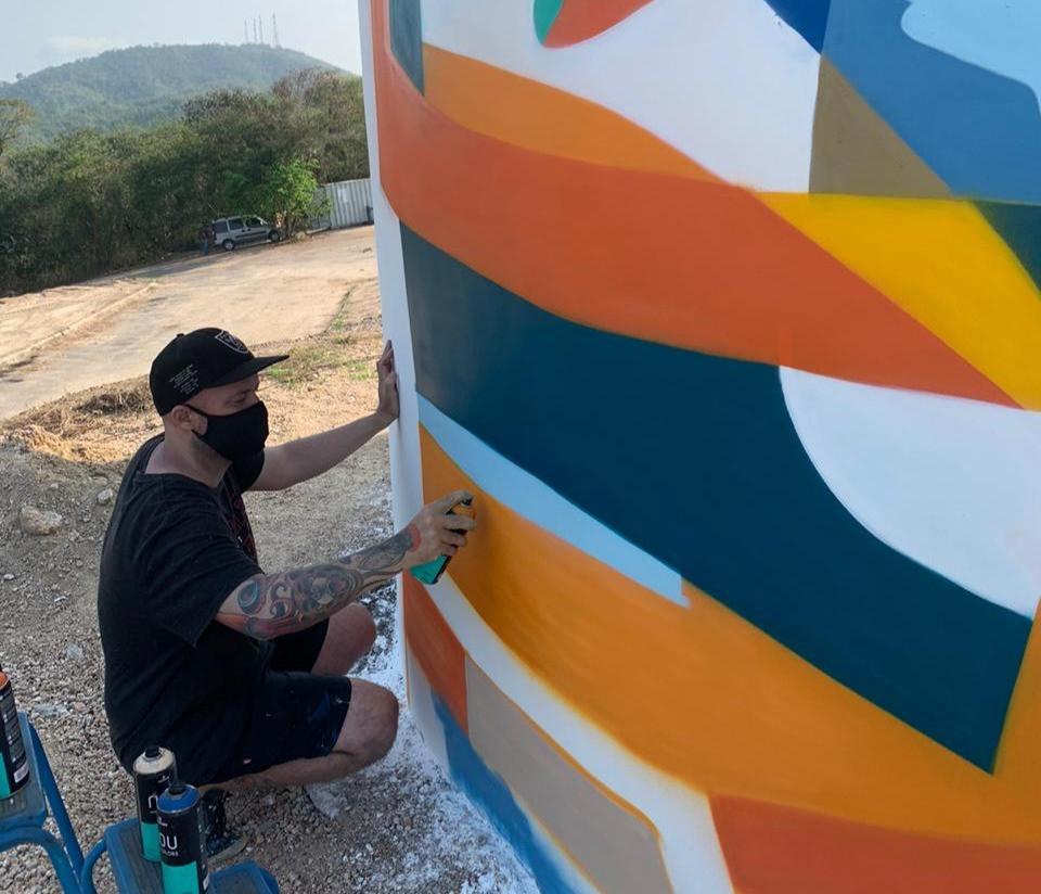 No entorno dos equipamentos, os amantes da arte poderão observar a mais nova obra do renomado designer, ilustrador e grafiteiro, Marcelo Eco/Foto: Divulgação