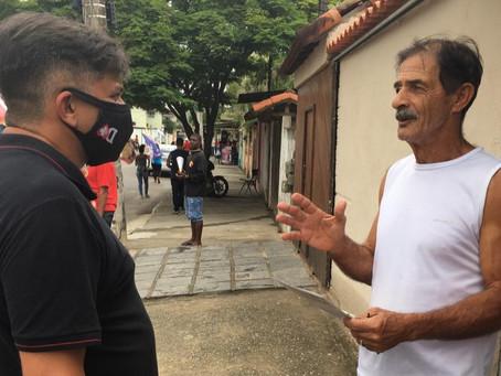 Dimas e Rodrigo Neves percorreram ruas da cidade neste sábado