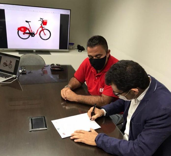 """As bicicletas serão fabricadas por uma empresa terceirizada, vencedora de uma licitação, que também se responsabilizou por construir as estações e fazer a manutenção das """"bikes/Foto: Divulgação"""