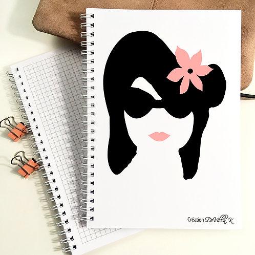Cahier A5 à spirales - Femme Rose et Noir