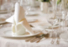 restaurant-table-setting-gztn4qoa.jpg