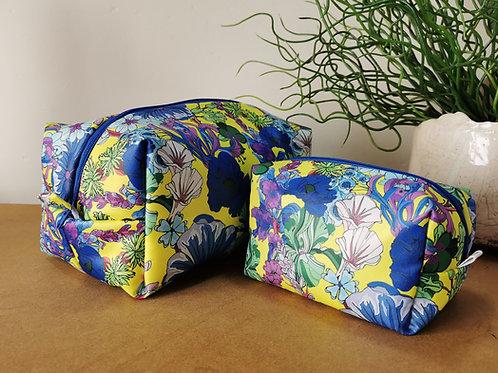 Wild Flowers Wash Bag