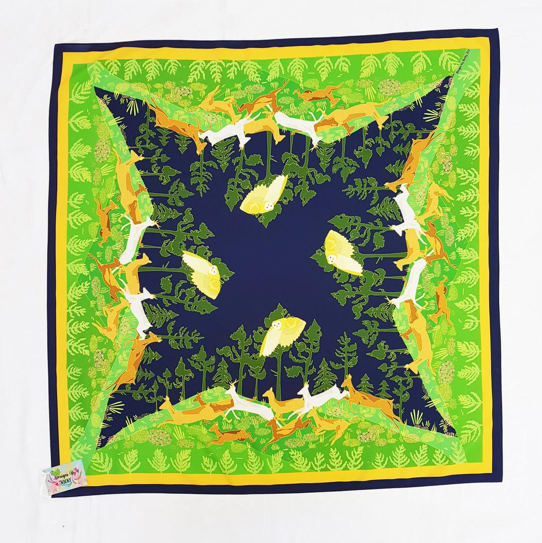 arne big scarf 4.jpg