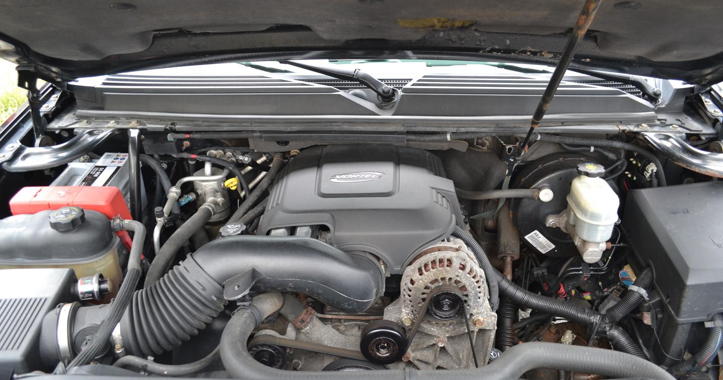 3) engine.JPG