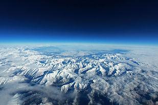 pyrenees-351266_1920.jpg