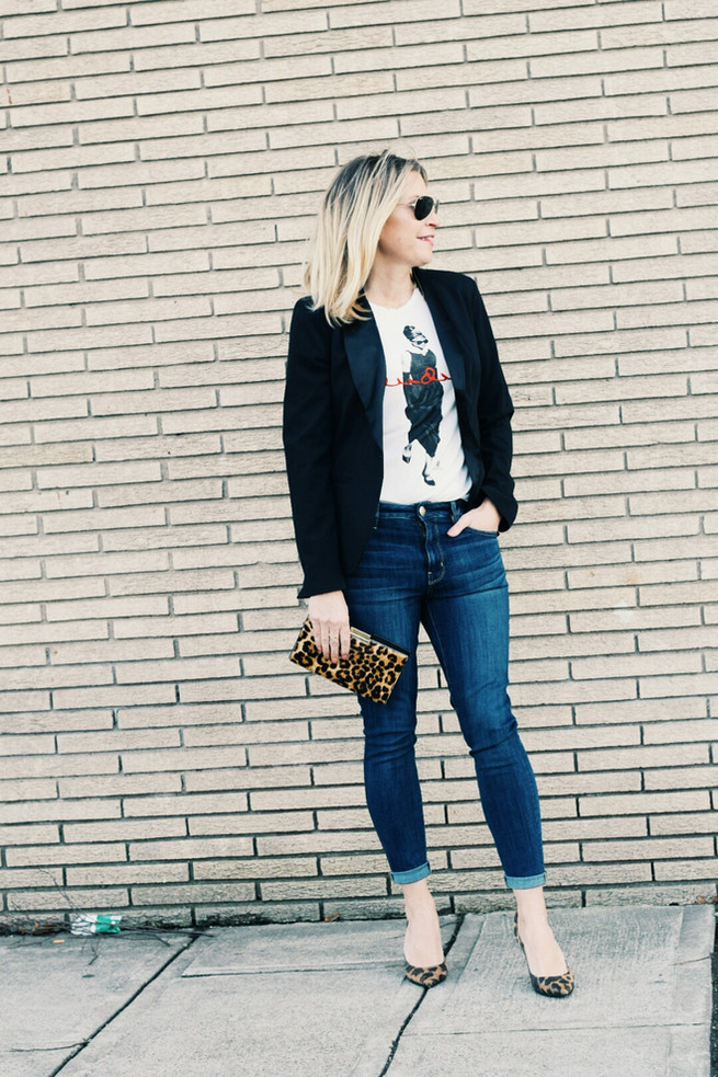 Dressing up your T-shirt and Jeans