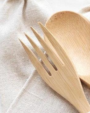 Kit de talheres de bambu natural com estojo de algodão