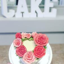 Korean Buttercream Flower Valentines Day Cake