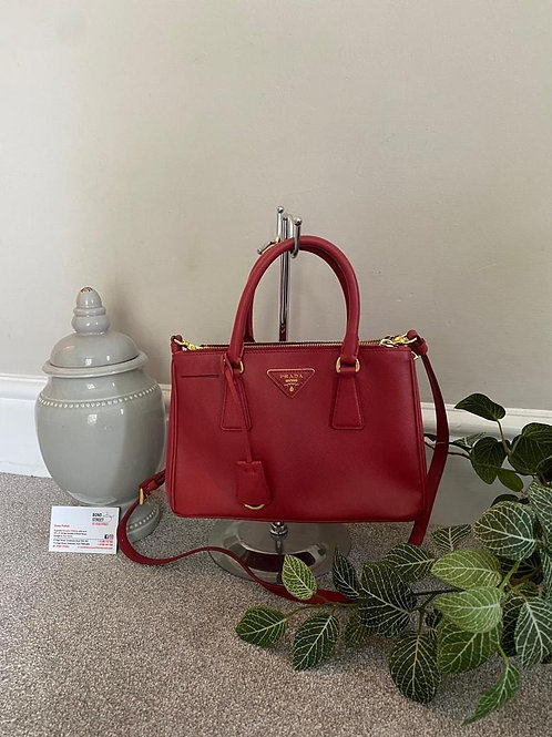 Prada Saffiano Galleria Bag