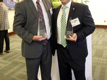 Mike Daria, Walter Davie receive Thomas J. Joiner award