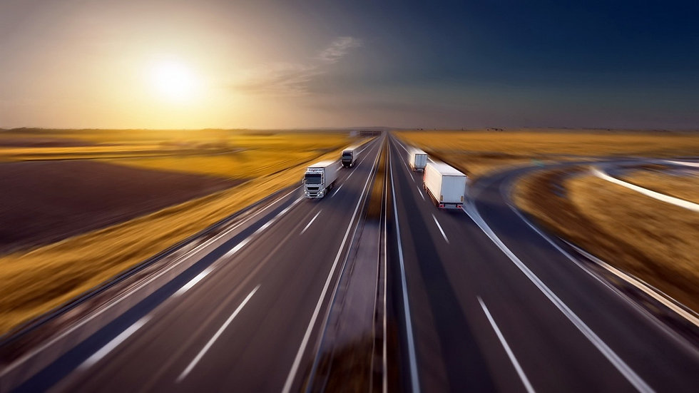 trucks_road_motion_blur-26346.jpg!d.jpg