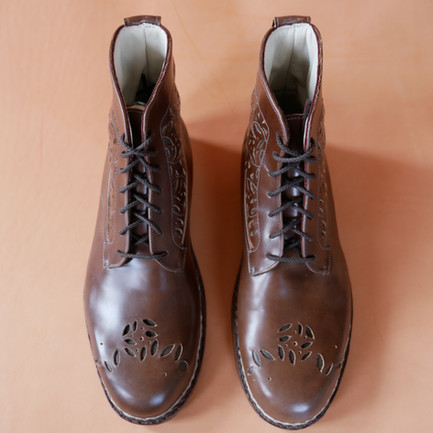 Wave/Leaf leather derby boots