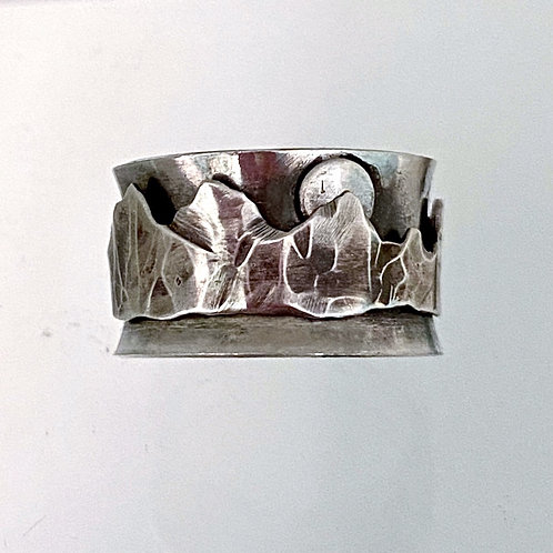 Silver Mountain Spinner Ring