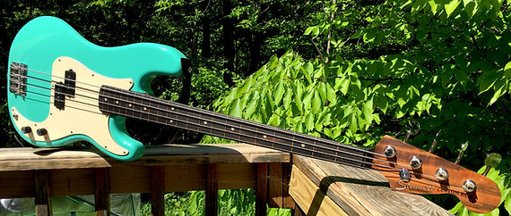 fretless green P.JPG