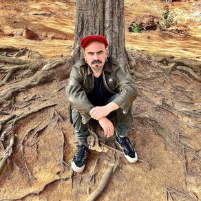 Vocalista de Sonora de Llegar presenta 'PARTIDO SOLISTA', su primer disco en solitario